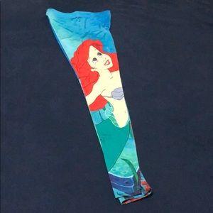 Little Mermaid leggings super cute & stretchy S